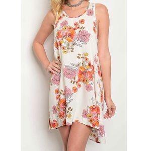 Dresses & Skirts - 🌺Floral Sleeveless Dress🌺